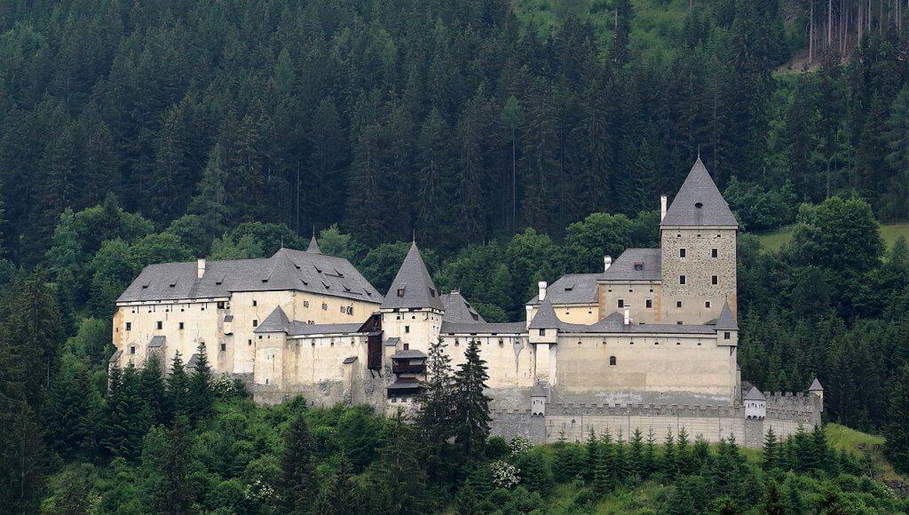 Ведьмин замок